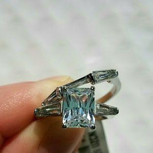 Jewelry - NWT Rectangle Cz Wedding Set Size 6
